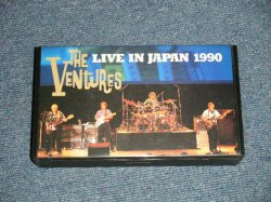 Photo1: The VENTURES  ベンチャーズ  - LIVE IN JAPAN 1990 ライヴ・イン・ジャパン 1990  (Ex+++/MINT)  /1990 JAPAN ORIGINAL Used VIDEO [VHS]